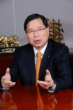 LG Chem CEO Park Jin-soo