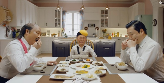 """Psy's music video, """"Daddy"""" (YG Entertainment)"""