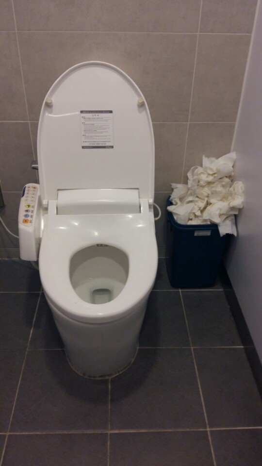 A Public Bathroom Stall In Seoul With Separate Trash Can For Used Toilet Paper The Korea Herald