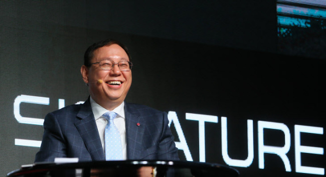 LG Electronics CEO Jo Seong-jin attends a press conference in Seoul in March. (Yonhap)