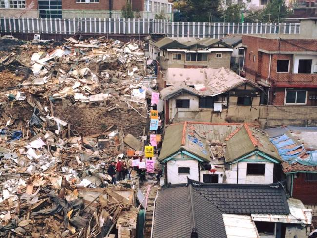 Most of the buildings at Okbaraji Golmok in Jongno, Seoul, have been demolished as part of a redevelopment project. (Okabaraji Golmok Preservation Committee)