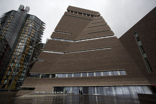 An exterior view of a new building called the Switch House which has been added on to the Tate Modern gallery in London, England. (AP-Yonhap)