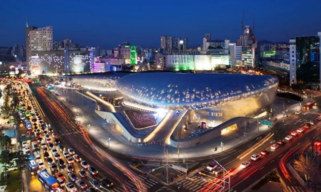 Dongdaemun Design Plaza in Seoul built with POSCO's TMCP steel