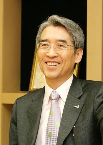 Shin Chang-Jae Net Worth