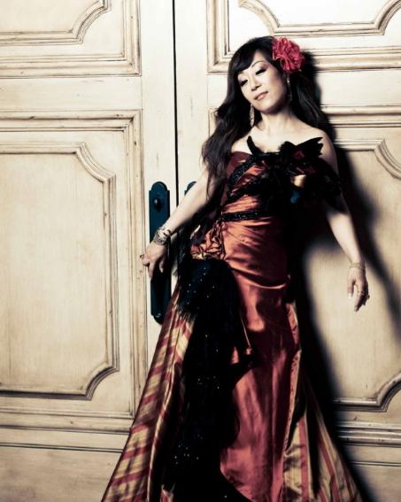 Soprano Sumi Jo (Official Website)
