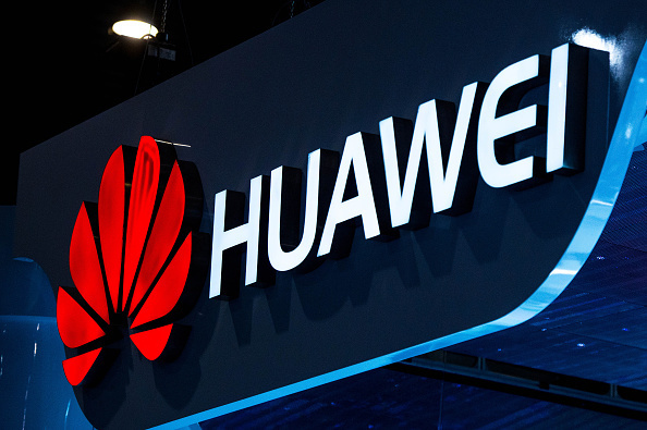 Huawei Steps Up Patent Dispute with Samsung