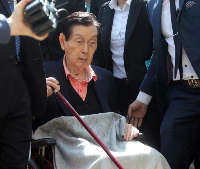 Lotte founder Shin Kyuk-ho.