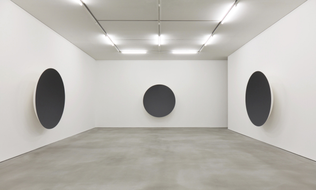 "Exhibition view of ""Gathering Clouds, I, II, III, IV"" by Anish Kapoor (Anish Kapoor/Kukje Gallery)"