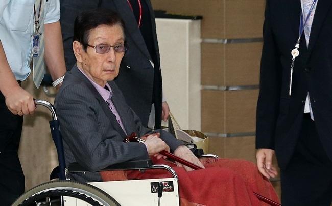 Lotte Group founder Shin Kyuk-ho