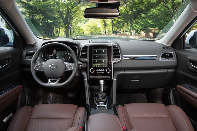 Interior of Renault Samsung's new SUV QM6