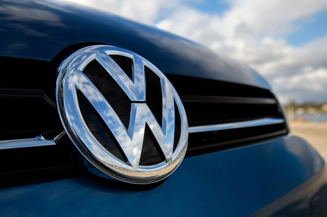 VW raises FY revenue guidance after Q3 sales increase