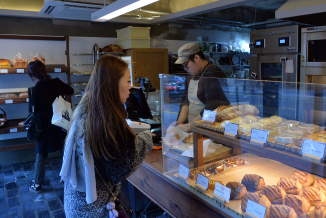 Artisan Bakers opened its Seorae Village location this summer. (Yoon Byung-chan/The Korea Herald)