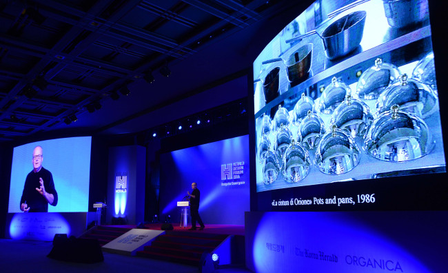 Alberto Alessi, CEO of Italian houseware brand Alessi, presents his lecture at the Herald Design Forum held at the Grand Hyatt Seoul on Tuesday. (Park Hae-mook/The Korea Herald)