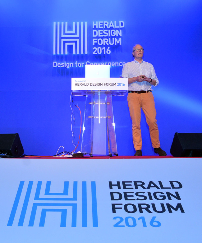 Dick Powell, co-founder of Seymourpowell, speaks at the Herald Design Forum 2016 at the Grand Hyatt Seoul on Tuesday. (Yoon Byung-chan/The Korea Herald)