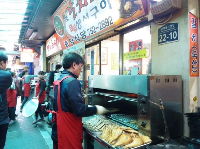 Galchi Alley's popular Jungang Galchi Shikdang (photo cred: Christine Cho)