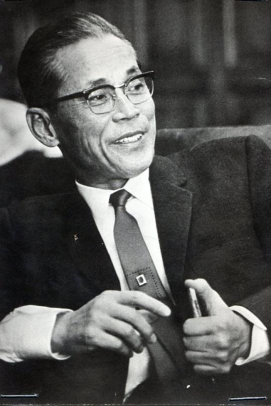 lee byung chull founder of samsung