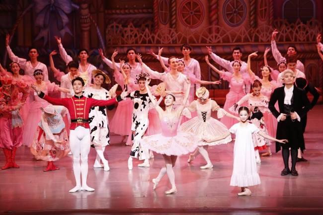 """Universal Ballet performs """"The Nutcracker"""" (Official Facebook)"""