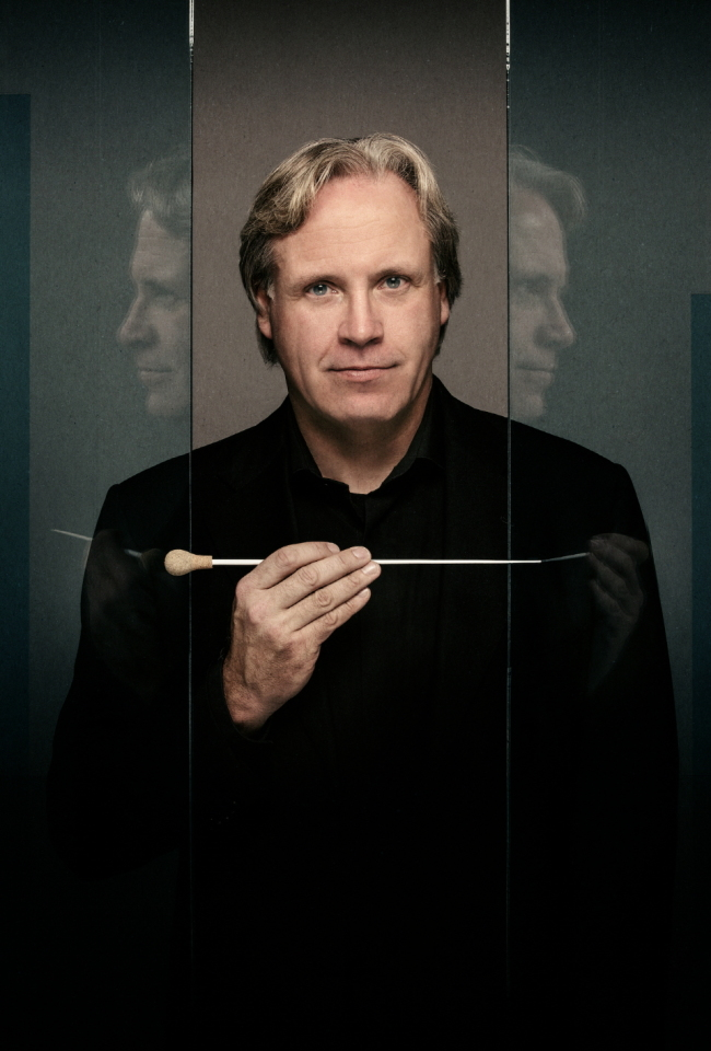 Markus Stenz, the newly tenured conductor-in-residence of the Seoul Philharmonic Orchestra (Molina Visuals)