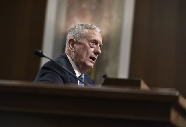 Retired Marine Corps general James Mattis testifies before the Senate on his nomination to be the secretary of defense in in Washington D.C. (AFP-Yonhap)