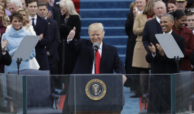 President Donald Trump gives a thumbs after being sworn in as the 45th president of the United States during the 58th Presidential Inauguration at the U.S. Capitol in Washington, Jan. 20, 2017. (AP)