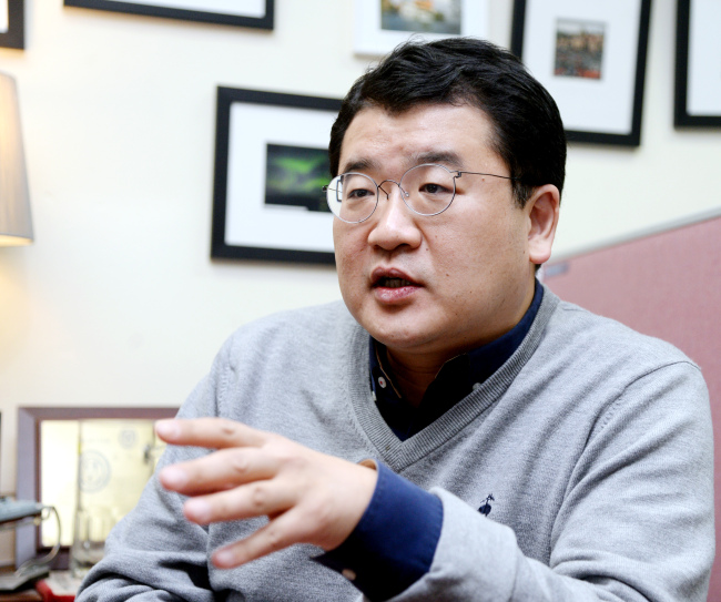 Choi jong-kun, a professor in political science and international studies at Yonsei University. Park Hyunn-koo/The Korea Herald