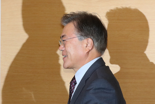 Moon Jae-in, a leading candidate from the main opposition party Democratic Party (Yonhap)