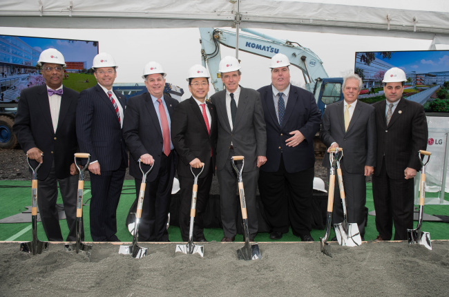 From left: Rep. Gordon M. Johnson, Englewood Cliffs Mayor Mario M. Kranjac, Bergen County Executive James Tedesco, LG Electronics North America CEO William Cho and other officials pose after a groundbreaking ceremony in Englewood Cliffs, New Jersey, Tuesday. (LG Electronics)