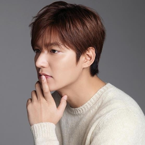 This image provided by Soompi shows actor Lee Min-ho. (Yonhap)