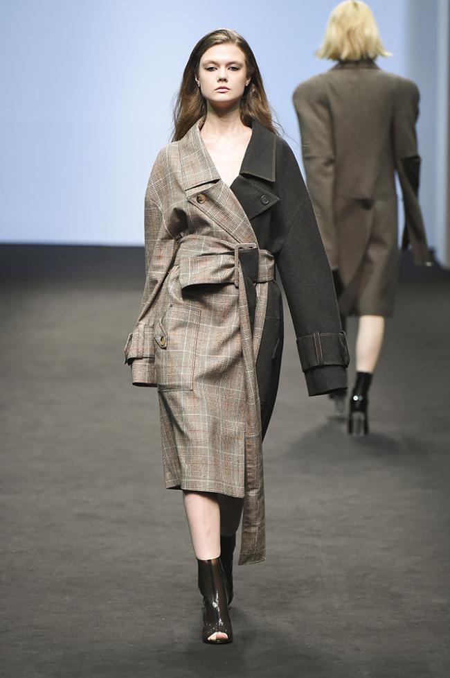 Kumann Yoo Hye Jin (Seoul Fashion Week)