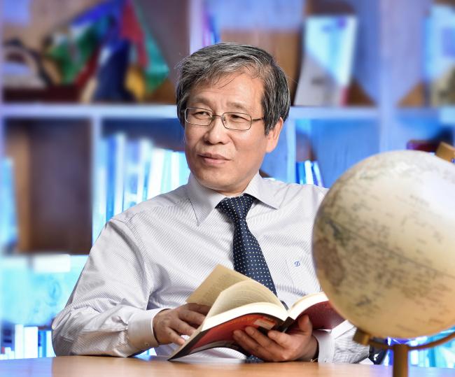 Kim Seong-kon, president of the Literature Translation Institute of Korea (LTI Korea)