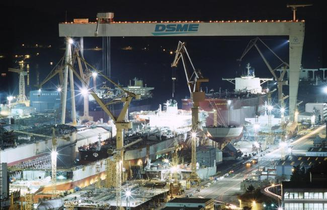 Daewoo Shipbuilding Wins Orders to Build VLCCs for Local Shipping Firm
