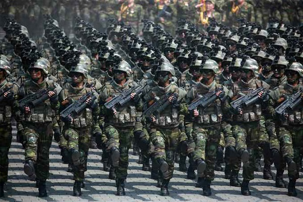 This photo unveiled by the North Korean Central News Agency on April 16, 2017, shows a military parade held a day earlier in Pyongyang to mark the 105th birthday of late state founder Kim Il-sung. (For Use Only in the Republic of Korea. No Redistribution) (Yonhap)
