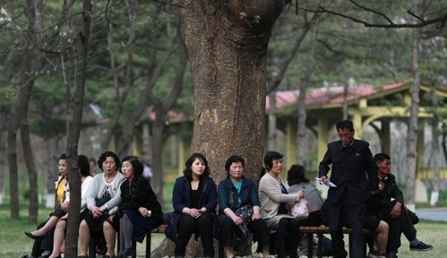 North Koreans rest at the Central Zoo in Pyongyang on April 16, 2017. (EPA-Yonhap)