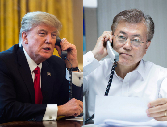 US President Donald Trump (left) and South Korean President Moon Jae-in (Yonhap)