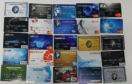 An image or credit cards (Yonhap)