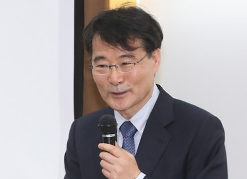Chief presidential secretary for economic policies, Jang Ha-sung (Yonhap)