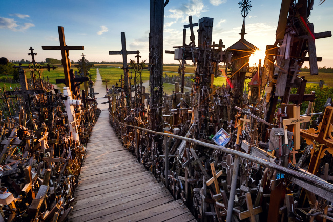 The Hill of the Crosses in Lithuania (State Department of Tourism)