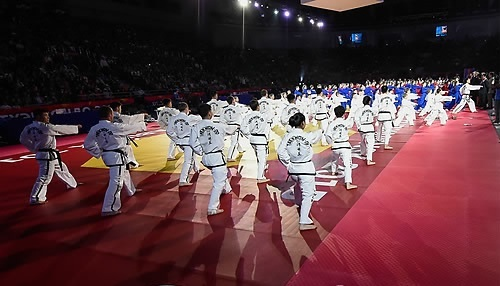 Demonstration teams of the WTF and the North Korea-led International Taekwondo Federation perform during the opening ceremony of the WTF World Championships in Chelyabinsk, Russia, on May 13, 2015. (WTF)