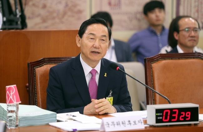 Education Minister-nominee Kim Sang-kon answers lawmakers` questions during a confirmation hearing of the National Assembly`s education committee in Seoul on Thursday. (Yonhap)