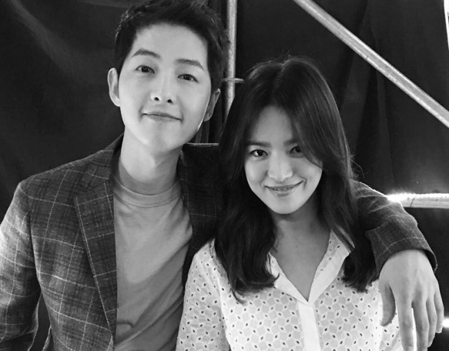 Song Joong-ki(left) and Song Hye-kyo (Yonhap)