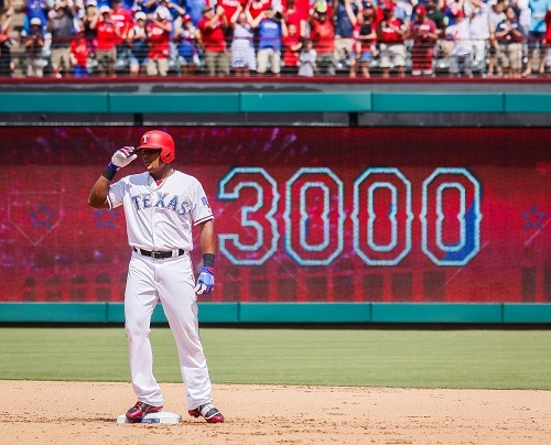 Texas Rangers third baseman Adrian Beltre stands at second base after collecting his 3000th hit on July 30, 2017. (Yonhap)