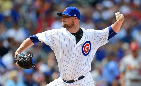 Chicago Cubs starting pitcher Jon Lester throwing a pitch on July 23, 2017. (Yonhap)