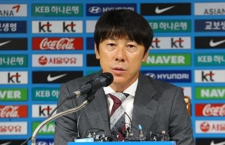 In this photo taken on Aug. 14, 2017, South Korea football coach Shin Tae-yong speaks at a press conference at the Korea Football Association headquarters in Seoul. (Yonhap)