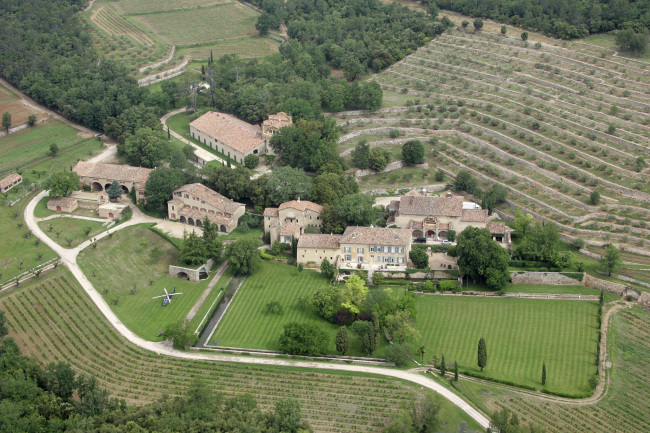 This May 31, 2008 file photo, shows the Miraval property in Correns, near Brignoles, southern France. (AP-Yonhap)