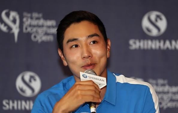 South Korean golfer Bae Sang-moon speaks during a press conference for Shinhan Donghae Open at Bear`s Best Cheongna Golf Club in Incheon on Sept. 13, 2017. (Yonhap)