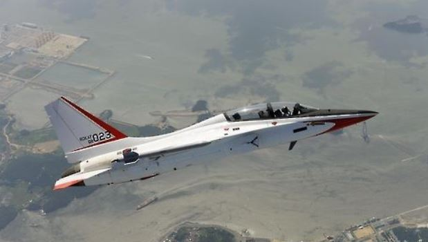 A T-50 Golden Eagle supersonic trainer jet in a file photo provided by Korea Aerospace Industries. (Yonhap)