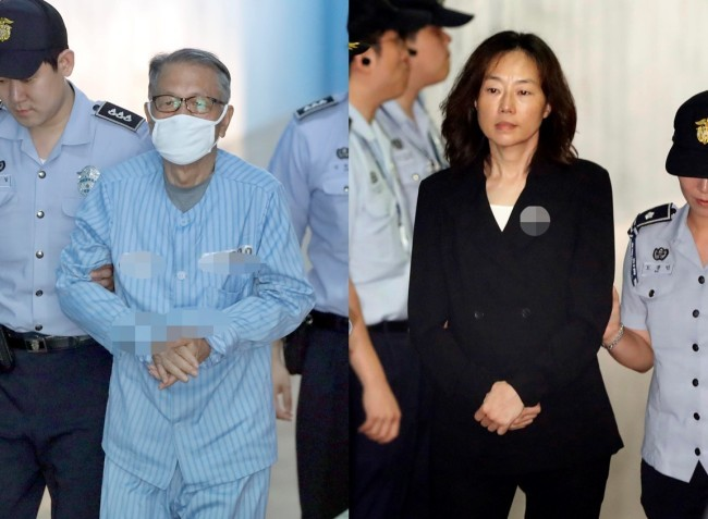 Former presidential chief of staff Kim Ki-choon and former Culture Minister Cho Yoon-sun are escorted to the courtroom at the Seoul Central District Court to attend their sentencing hearing on July 27. Yonhap