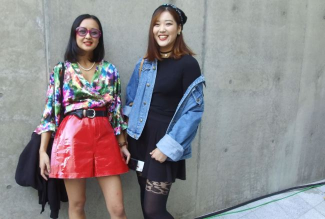 Fashionistas from London captured at the 2018 S/S HERA Seoul Fashion Week (Lim Jeong-yeo/The Korea Herald)