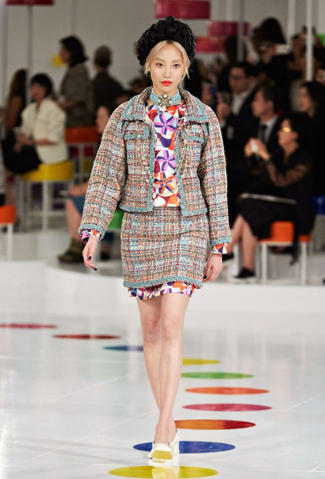 Ensemble inspired by traditional Korean wrapping cloth, or bojagi, from the Chanel cruise collection, 2016 (Chanel)