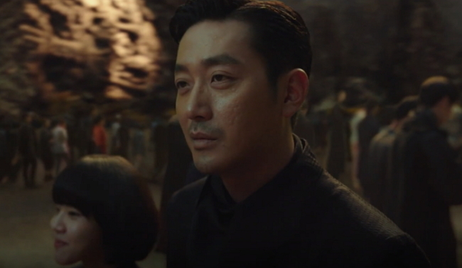 "Ha Jung-woo stars in ""Along with the Gods."" (Lotte Entertainment)"